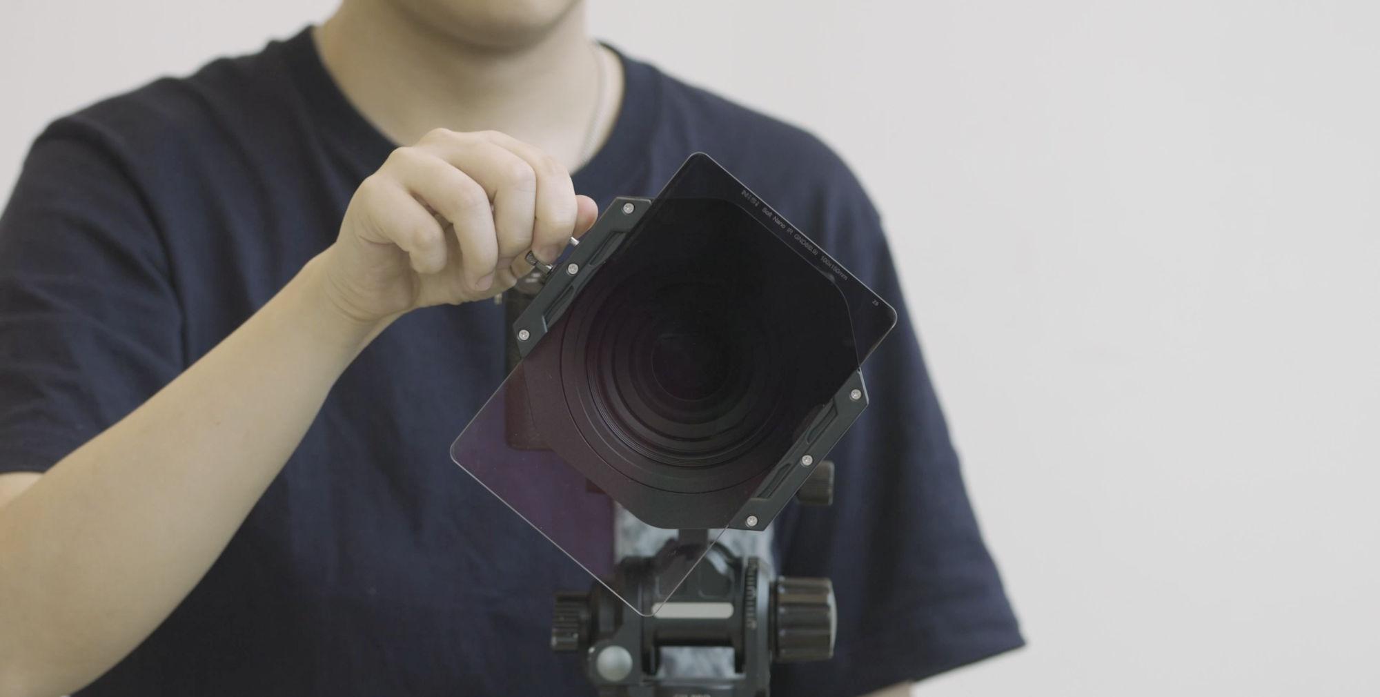 NiSi V6 ALPHA 100mm Aluminum Filter Holder Screen 1